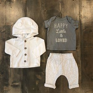 Newborn outfit